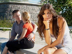 Как узнать изменяет ли парень тебе?