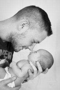 Определение отцовства и взыскание алиментов